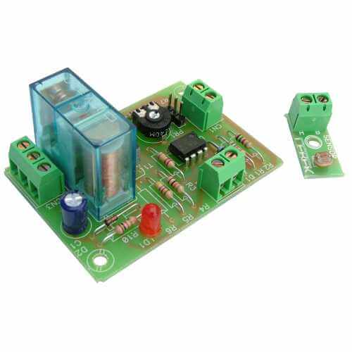 Cebek I-4 (CI004) - 12Vdc Light Activated Relay Module
