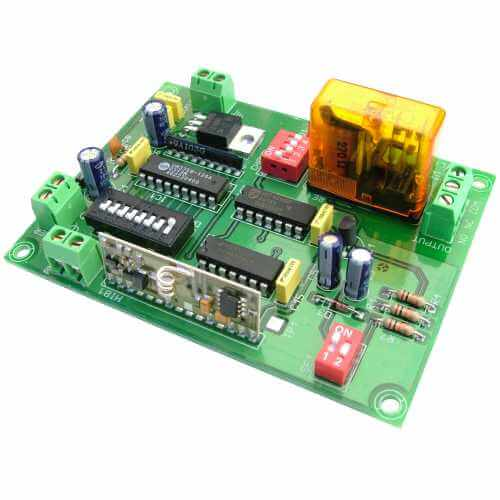 1 Channel Expandable Latching/Momentary Relay Receiver, 12Vdc