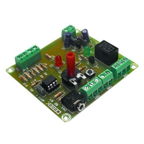 PICAXE 08M2 Voltage Comparator Development Board