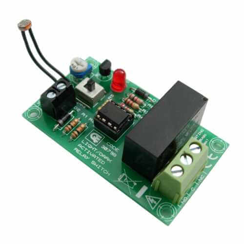 Light / Dark Activated Dusk Dawn Sensor Relay Switch